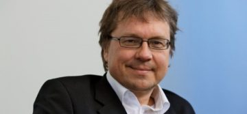 Pekka Sauri - Tehtävänä dialogin johtaminen