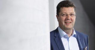 Stefan Björkman: Mietimme usein, mitä Amos Andersson olisi ajatellut päätettävästä asiasta
